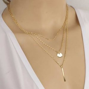 Layered gold delicate choker pendant necklace